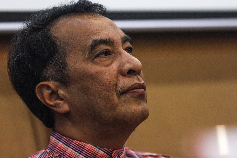 Salor assemblyman Datuk Husam Musa says Datuk Seri Najib Razak's alleged scandals have criminal implications and thus, the people have the right to demand his resignation as prime minister. – The Malaysian Insider pic by Seth Akmal, March 14, 2016.